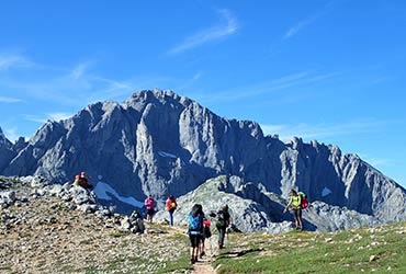 trekking y ascensiones con guía picos