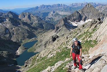 trekking y ascensiones con guía pirineos