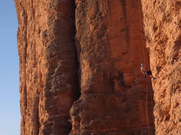 guía de escalada en Riglos